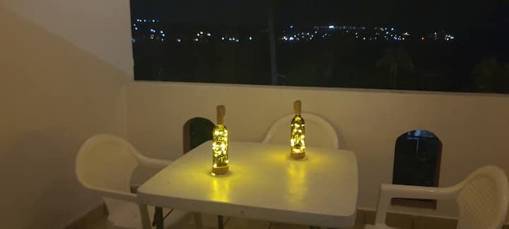 Casa sola con jacuzzi, para 2-7 personas.