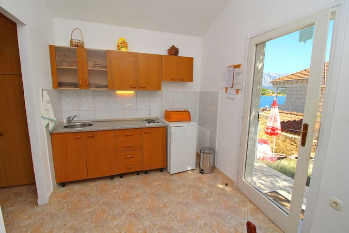 Ap. Val-1Bedroom  with Terrace and Garden View