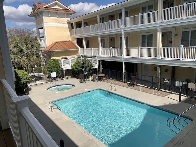 ~Carolina Tides Beach Villa~  2BR/2BA, Sleeps 4-6