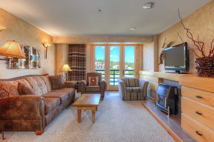 Big Sky Shoshone 6th Fl SKI-IN SKI-OUT condo
