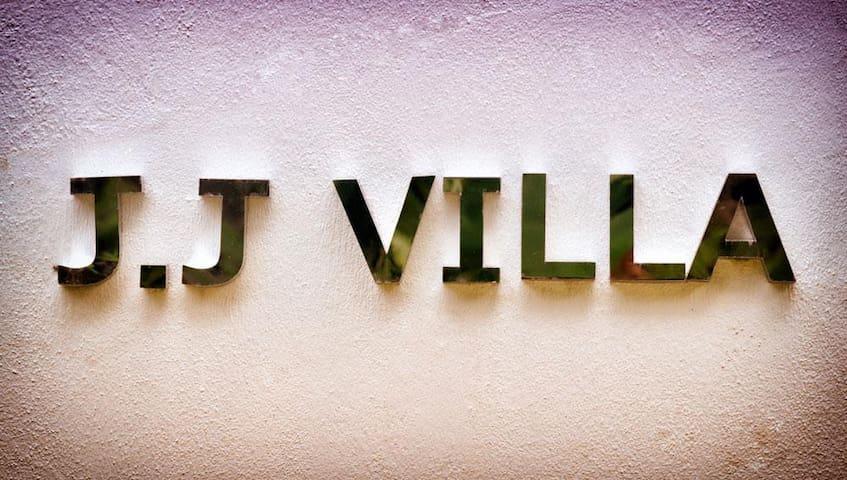JJ Villa