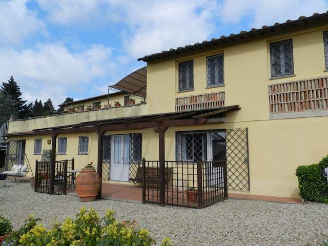 HOUSE IN COUNTRY NEAR FLORENCE 4 Km - Impruneta - House