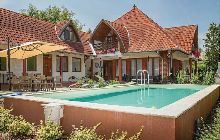 Holiday apartment with 1 bedroom on 38m² in Balatonmáriafürdö