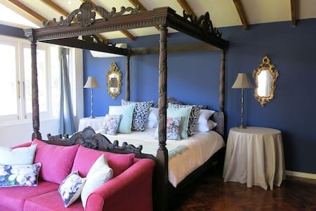 Sky View Manor - King Protea - Huis
