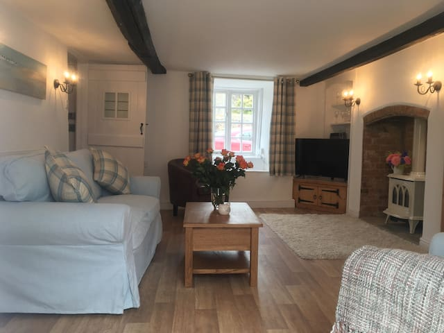 Luxury cottage breaks - Sidbury, Sidmouth