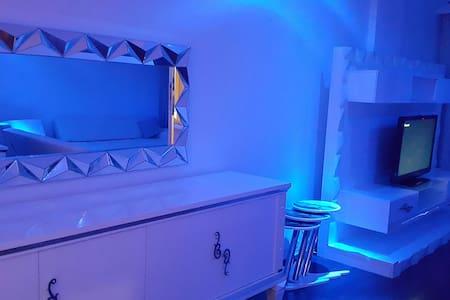 3 ROOM 1 SALON CİTY CENTER'DA AVM - Esenyurt - Apartamento