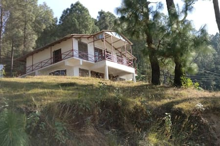 Rustic Villa Stay in Lansdowne- Sunset Villa