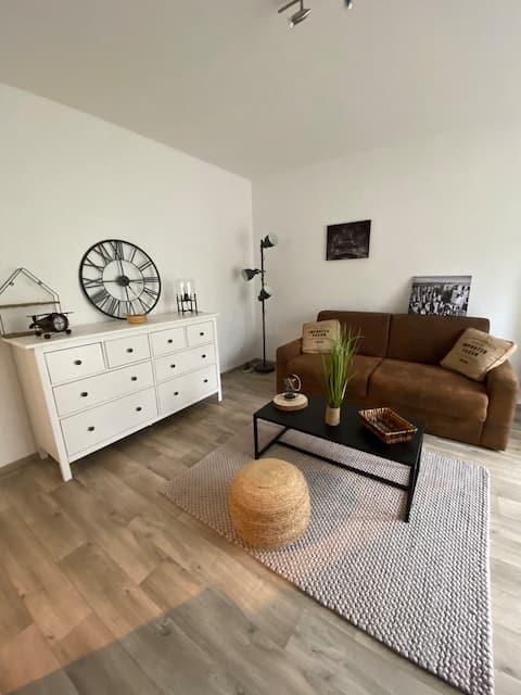 Spacieux Studio Calme Tout Équipé - Wifi & Garage
