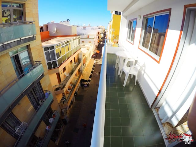 Two bedroom apartment in Los Cristianos Center