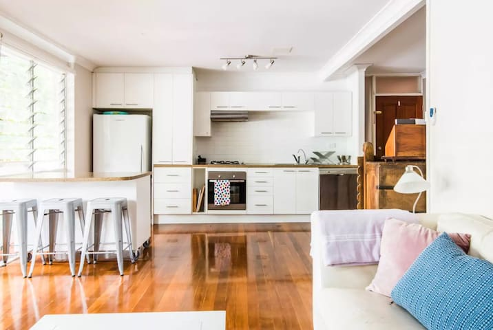 Sunny 2 Bedroom Paddington apartment - Paddington - Apartment