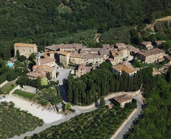 Volpaia Antico Borgo