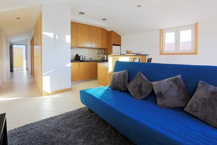 Bright  Apartment II