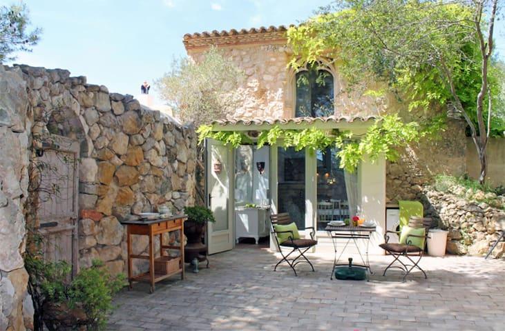 Cottage Jasmin at Masia Nur Sitges (Romantic,max2)