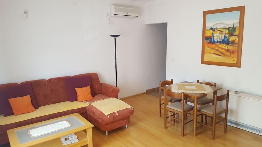 Apartments in Kaštela - Kaštel Novi - Departamento
