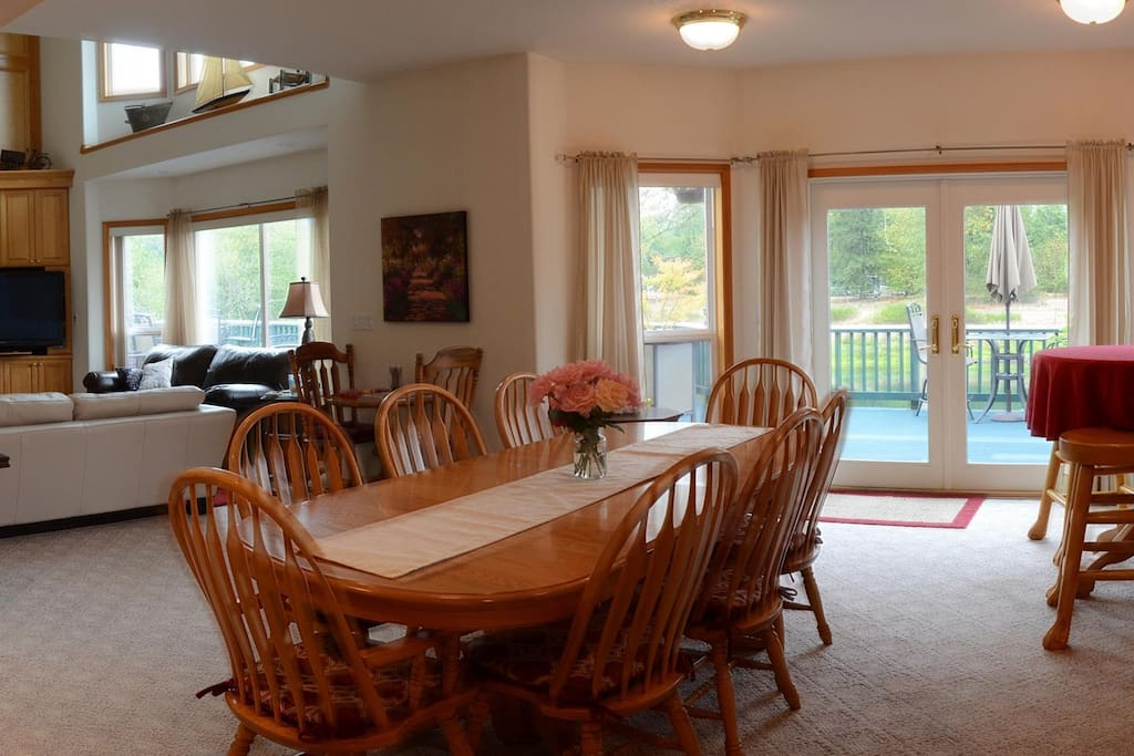 Dining Room & access to back deck