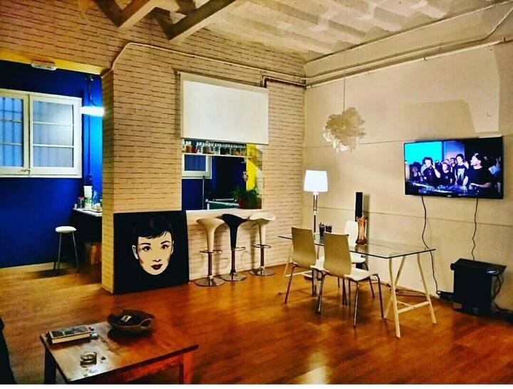 Acogedora habitación privada en Gracia.