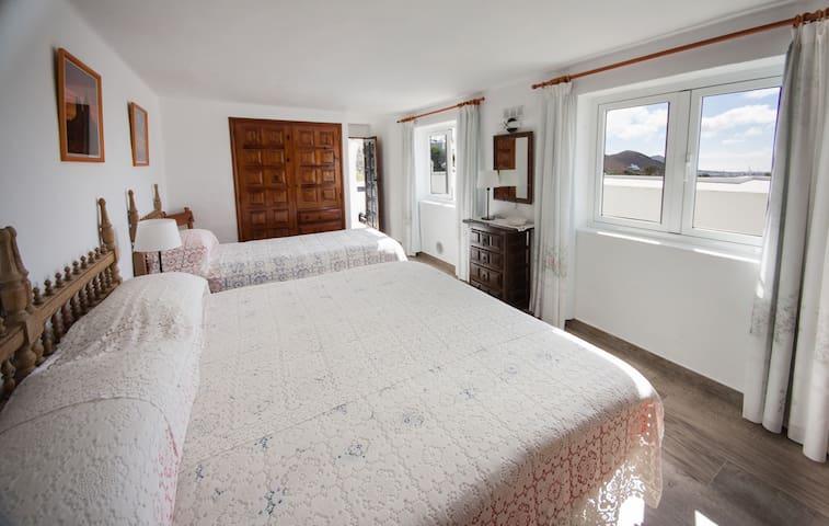 Annex 1, Bedroom 3