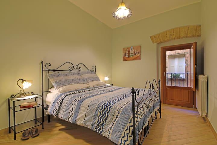 Casa Vacanze La Portella-Appartamento Porta Napoli