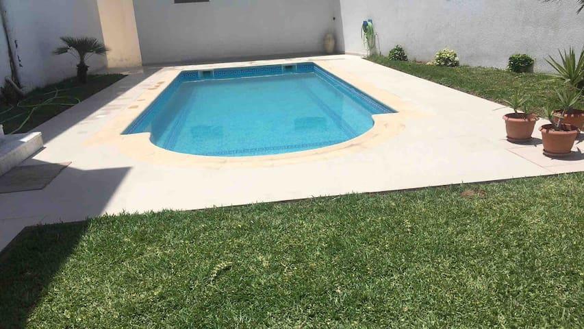 Une belle villa haute standing ensoleillée