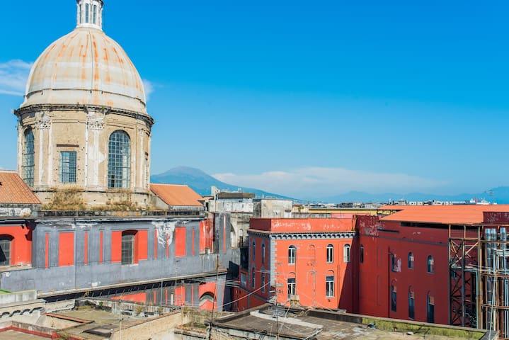 Bilocale x 4 Napoli Centro Storico
