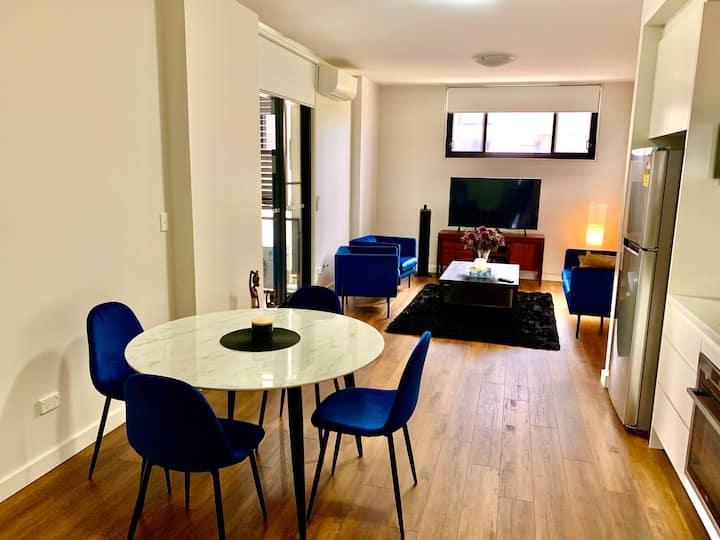 Homebush private apartment