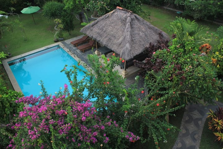 Canggu Surfing Villa : Mawar 2