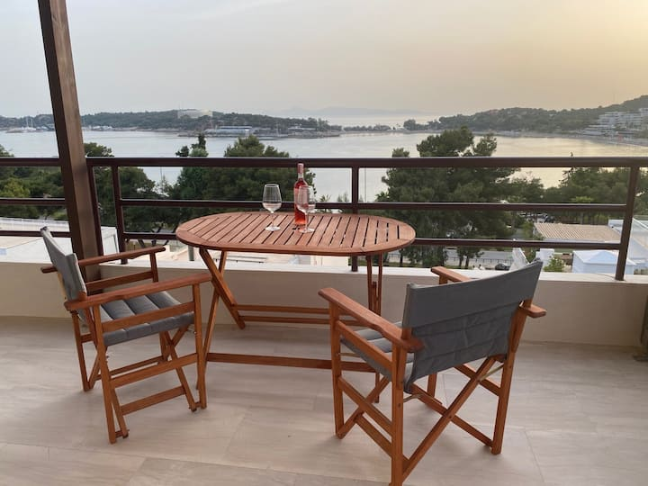 The Bay View Suite, Vouliagmeni