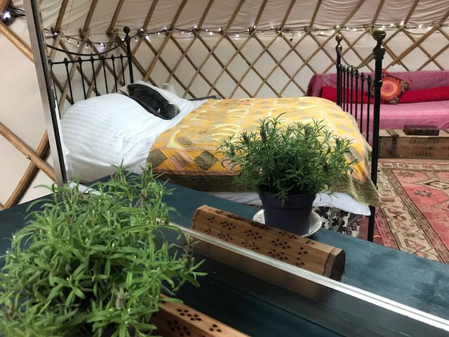Charming Yurt on Exclusive Boho Glampsite