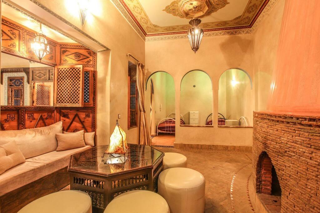 Deux chambres 5 personnes riad marrakech piscine for Chambre d hote marrakech
