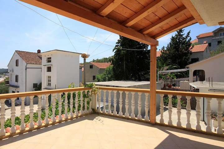 Studio flat with terrace and sea view Sali, Dugi otok (AS-8174-a)
