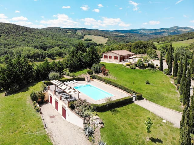 Best choice for relaxing holiday, great location with amazing views