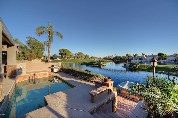 4 BR Home w/ Heated Pool, Golf Course & Lake Views - Chandler