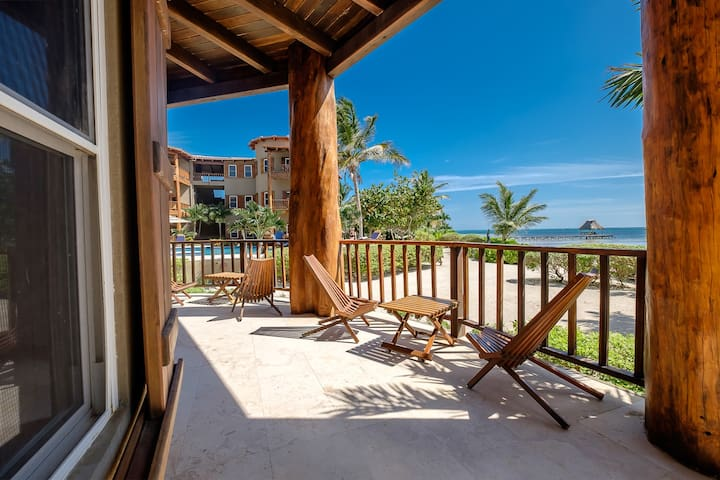 Open your doors to the Caribbean Sea! Best rates on 3 bedroom beach home!