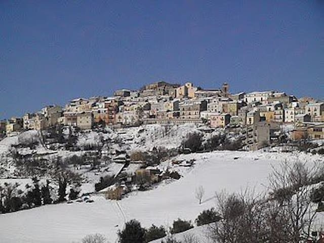 "B&B ""Valle Saccone"": Oasi benessere - San Marco La Catola - Bed & Breakfast"