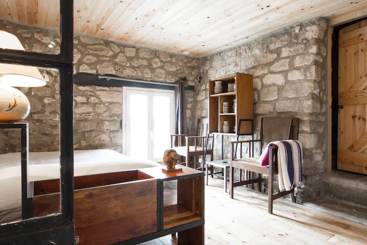 1 bed room 40sqm in house from 1910