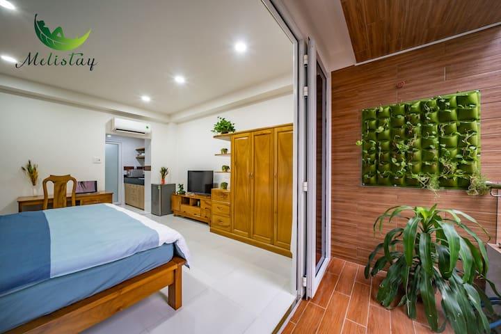 ❤️Central Studio Apartment: Kitchen, Bathtub &More