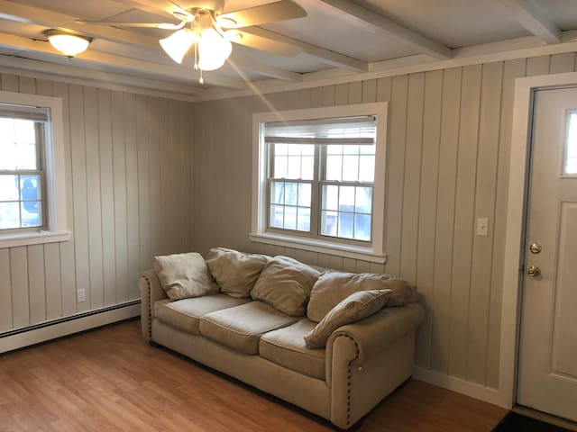 Conveniently Located Pottersville Apartment