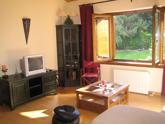Apartamento para 4 centro de Puigcerdá, zona lagos - Puigcerdà - Daire