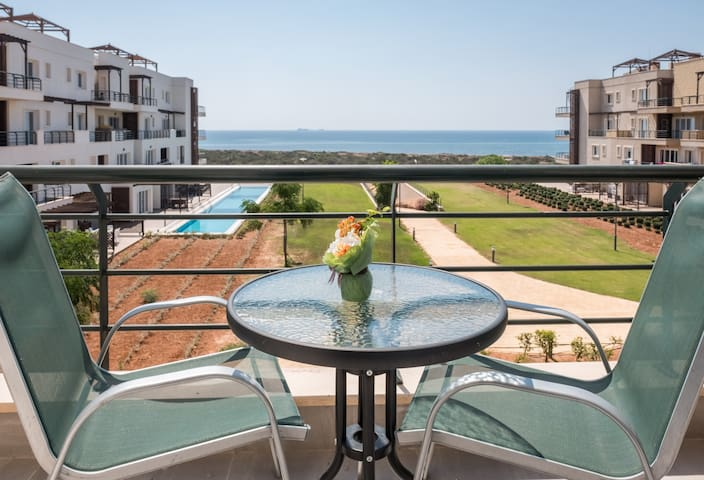 Apartment 12-203B with Sea View