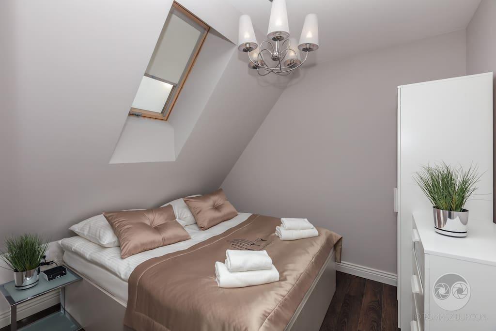 Apartament Paryski- sypialnia