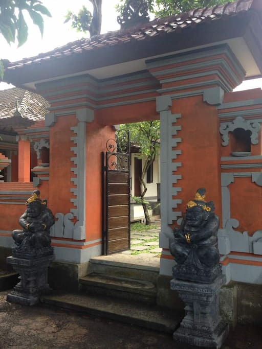 Strong Balinese accent and culture