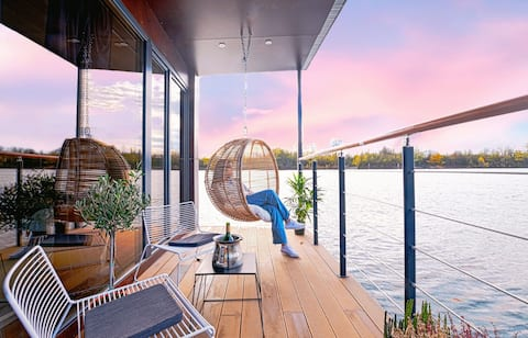 5*:Love nest on the water with Jacuzzi (40 'Paris)
