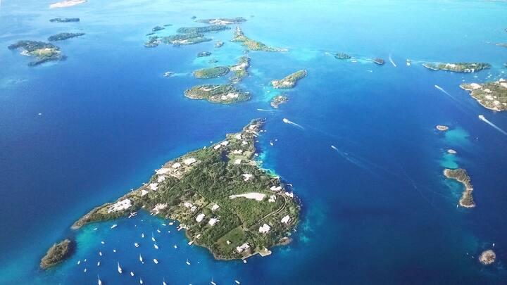 Rosamundi - Private Island Getaway