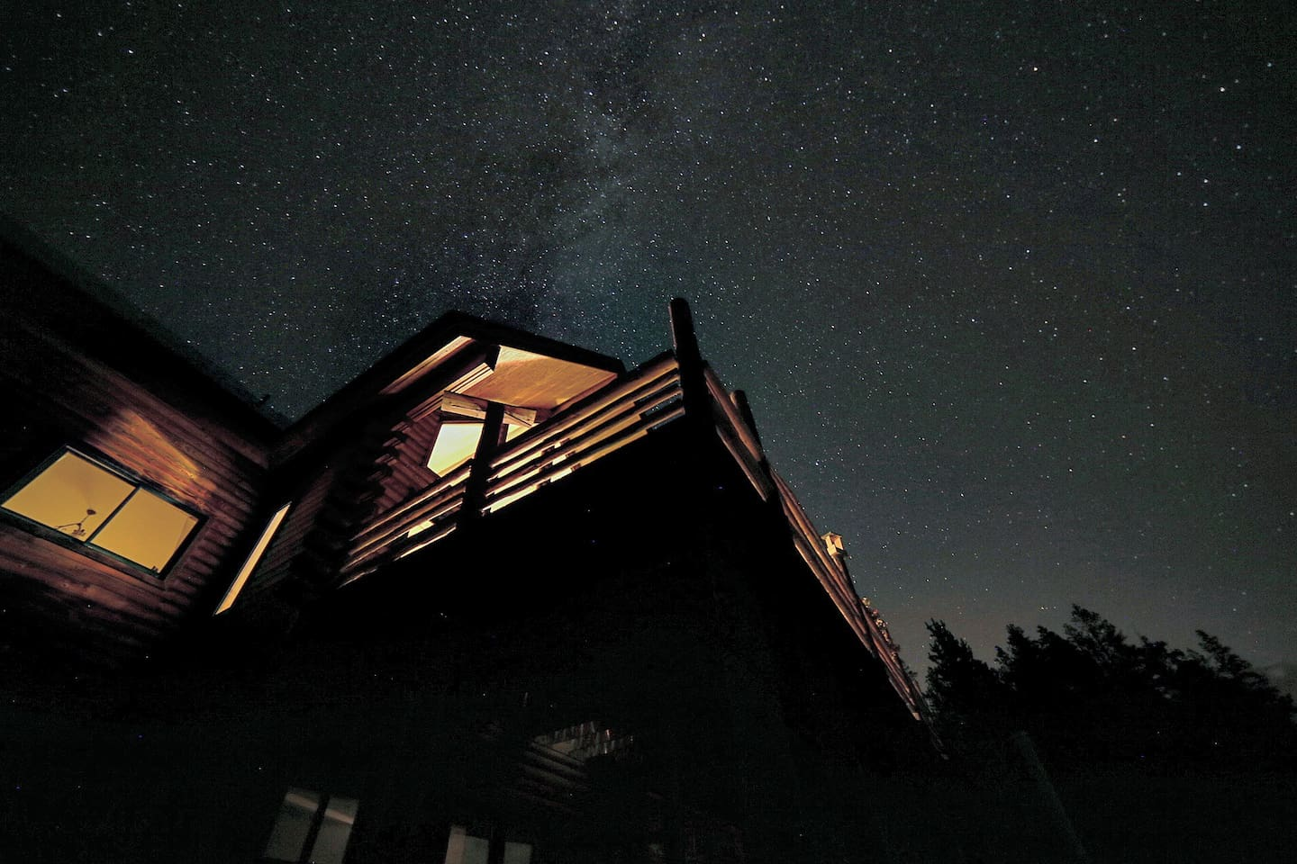 Milkyway and the house. Taken by one of our guests. Thanks Mike C!
