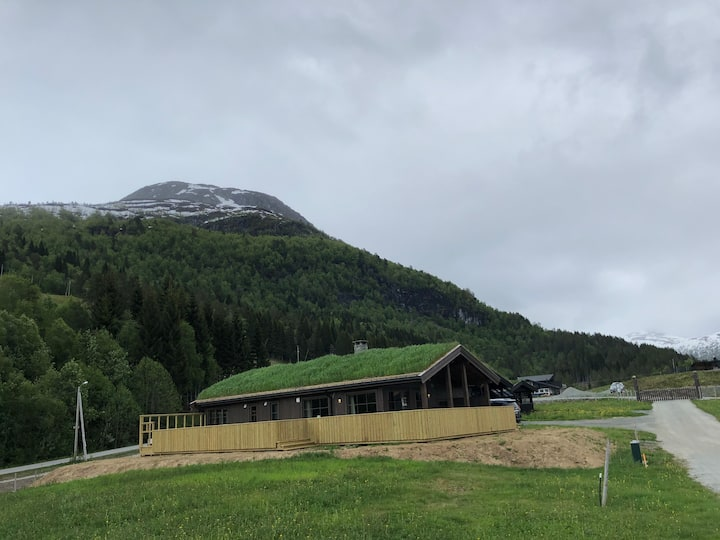 New and modern cabin in Stryn