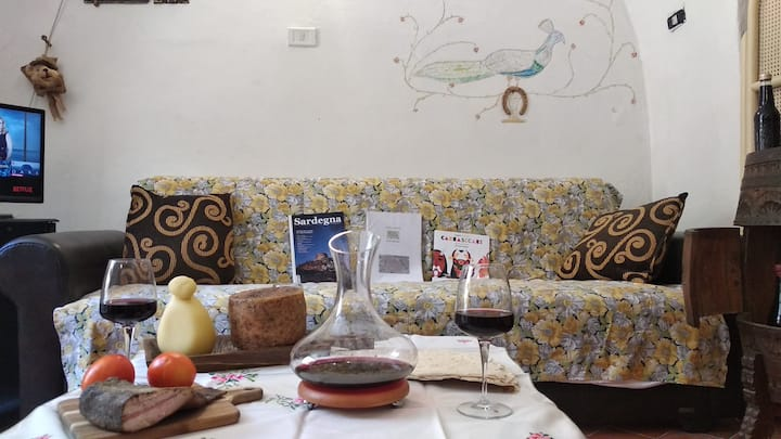 Cozy fresh apart. in the heart of Sassari -wifi
