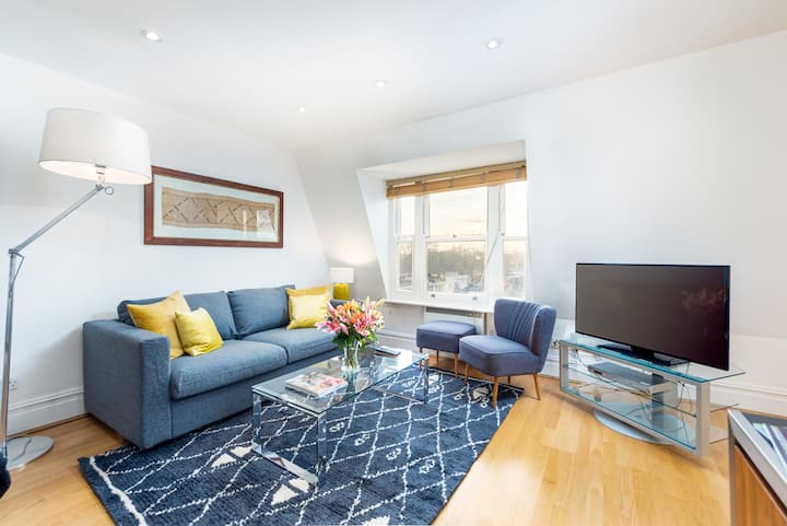 Luxury Apartment in Sloane Square, Chelsea - DP10