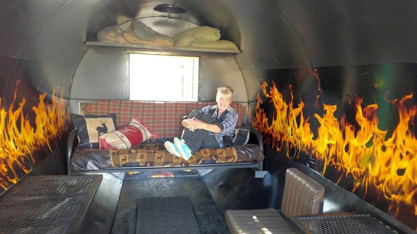 Alaskan Stoves Genuine Wood Stove 'Cabin' - Tok - Outro