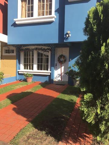 Habitación en Residencial Privado