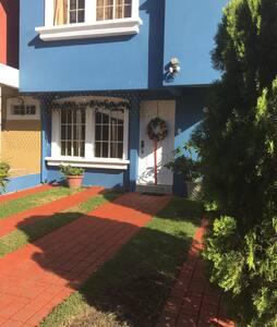 Habitación en Residencial Privado - San Salvador - Casa